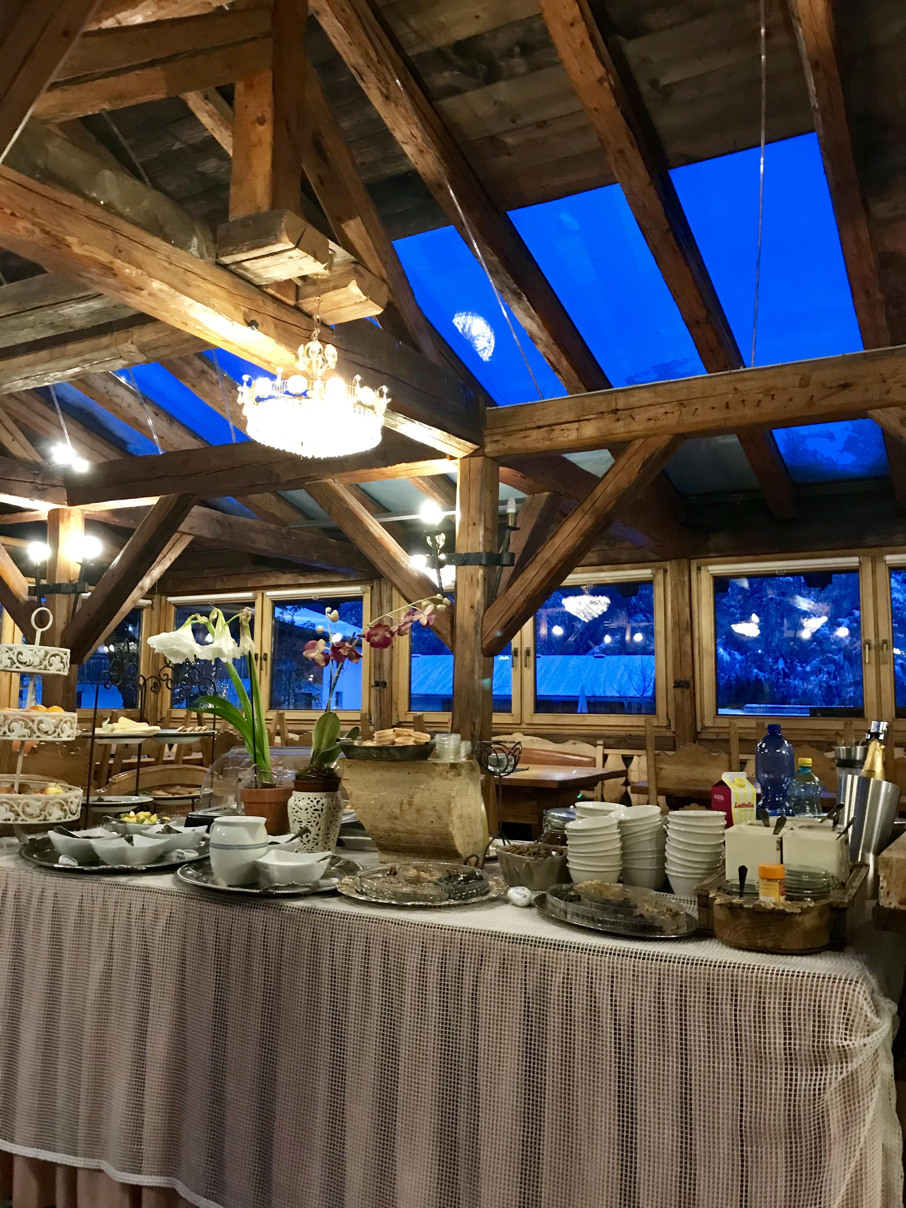 Breakfast room at Alp Art Hotel